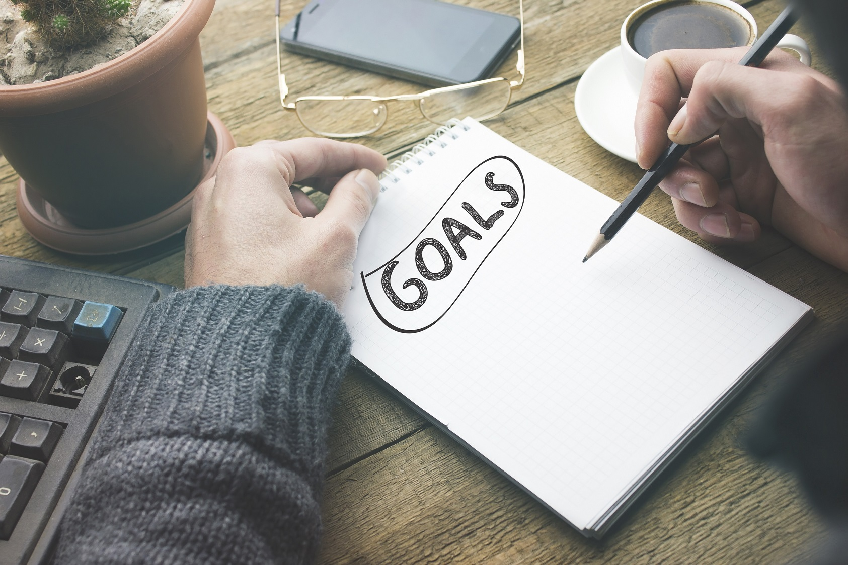writing a list of goals